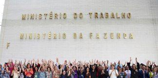 Manifestação reuniu cerca de 600 servidores. Foto: Edu Andrade/Ministério do Trabalho