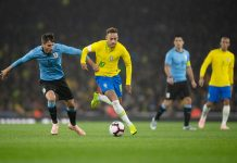 Neymar durante amistoso contra o Uruguai. Foto: Pedro Martins/MoWA Press