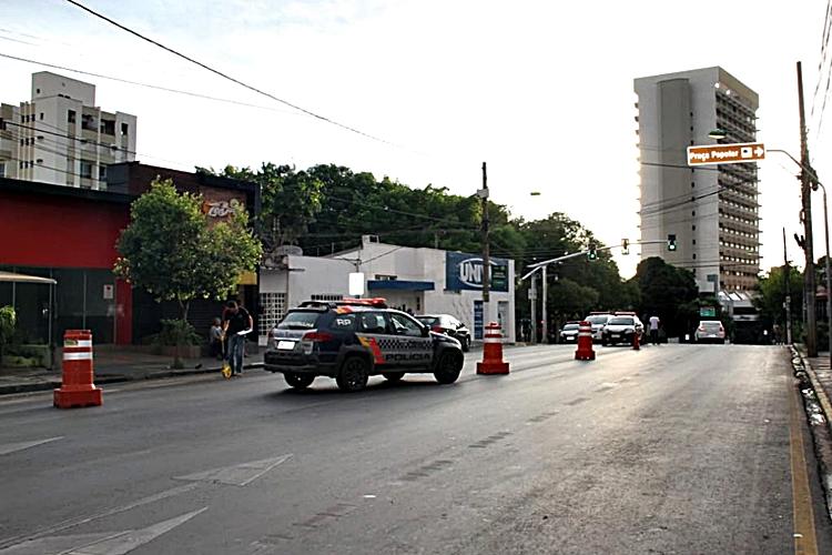 Acidente foi registrado na frente de uma boate. Foto: Polícia Civil/Divulgação