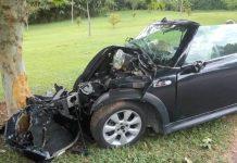 Jovem morre após piloto bater carro em árvore. Foto: TV Vanguarda/Reprodução