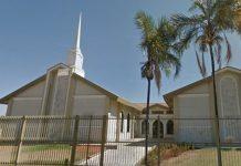 Homem invade igreja e ataca fiéis a facadas em Aparecida de Goiânia. Foto: Reprodução
