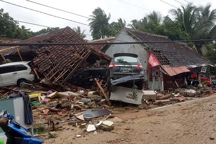 Destruição em Carita, após tsunami. Foto: Ministério de Assuntos Sociais da Indonésia
