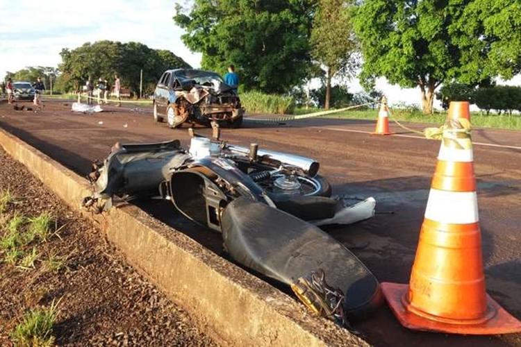 Veículos ficaram destruídos. Foto: Osvaldo Duarte/Dourados News/Reprodução