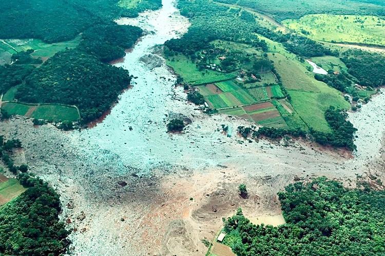 Barragem da mineradora Vale se rompe em Brumadinho. Foto: Divulgação