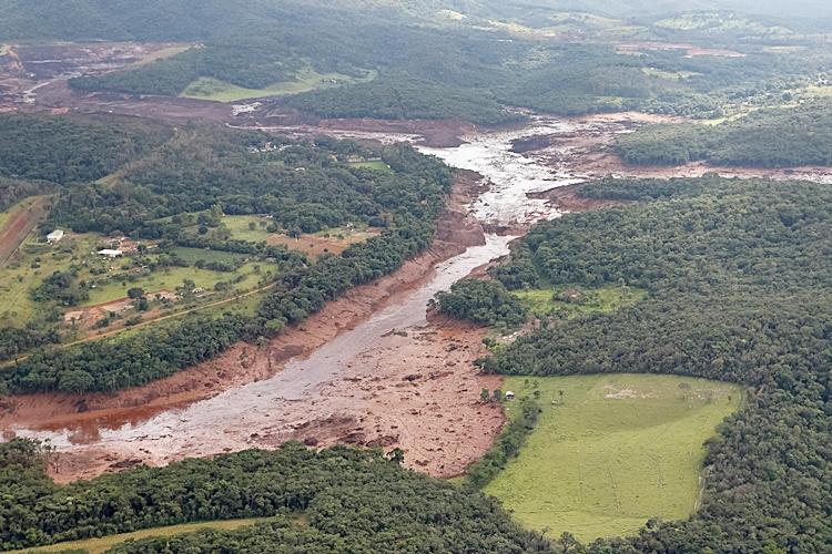 Barragem da mineradora Vale se rompe em Brumadinho. Foto: Isac Nóbrega/PR