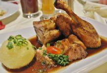 Se a porção de comida é excessiva, a recomendação é não comer tudo. Foto: Pixabay