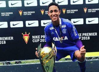 Christian era goleiro do time de base do Flamengo. Foto: Reprodução/Facebook