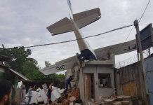 Avião de pequeno porte cai no bairro do Benguí. Foto: Reprodução