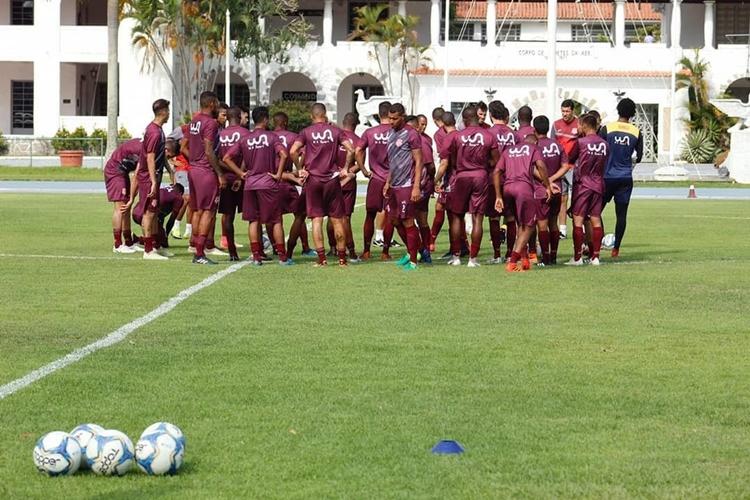 Equipe profissional do Bangu vem treinando no CDA, em Campo dos Afonsos. Foto: Divulgação