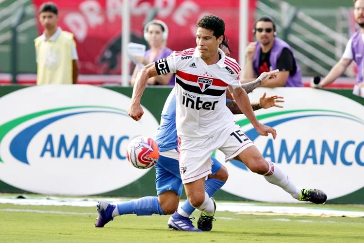 Hernanes fez o gol Tricolor. Foto: Rubens Chiri/São Paulo