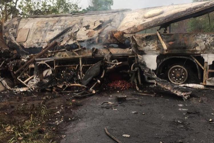 Acidente deixou ao menos 70 mortos. Foto: @HypercitiNews/Twitter/Reprodução