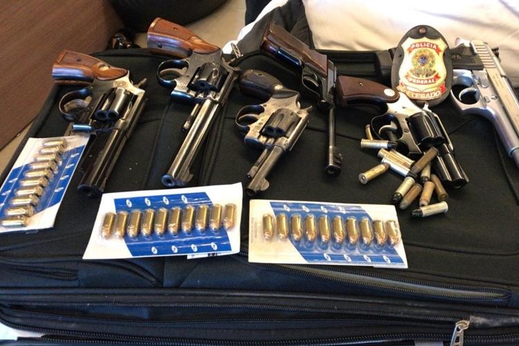 Armas apreendidas durante operação. Foto: Polícia Federal/Divulgação