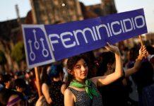 Mulheres protestam contra feminicídio e violência. Foto: Edgard Garrido/Reuters/Reprodução