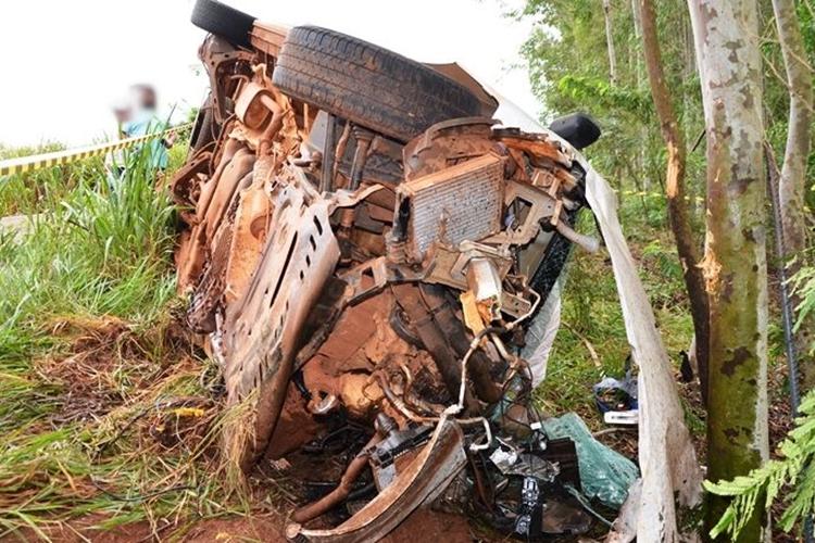 Uma pessoa morreu no acidente. Foto: Ivinotícias/Reprodução