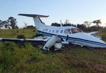 Avião que fez pouso forçado em bairro de Campinas. Foto: André Natale/EPTV/Reprodução