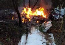 Aeronave pegou fogo após queda. Foto: Reprodução