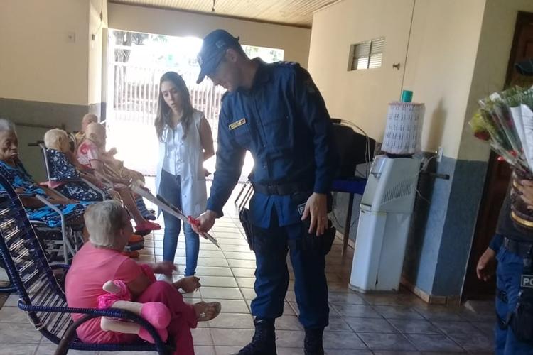 Membros do CCS visitam entidades em Glória de Dourados. Foto: Divulgação