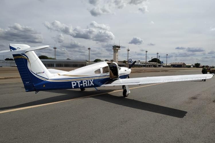 Avião que transportava 111 kg de ouro. Foto: Polícia Federal/Divulgação