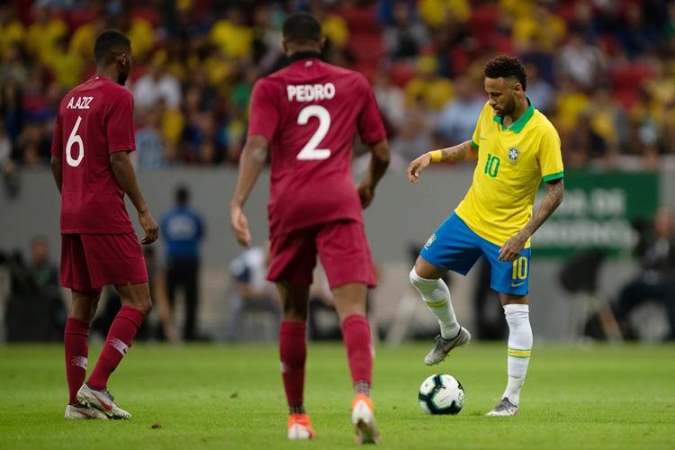 Neymar no amistoso contra o Catar. Foto: Pedro Martins/MoWA Press
