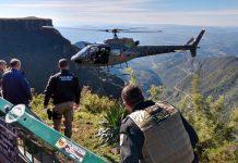 Homem foi resgatado com ajuda do helicóptero. Foto: Polícia Militar/Divulgação