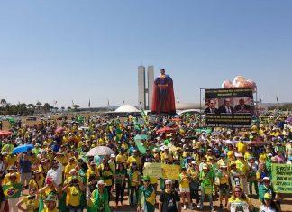 Manifestantes em Brasília (DF). Foto: Reprodução