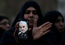 Iranianos protestam contra morte do general Soleimani. Foto: Reuters/Divulgação via Agência Brasil
