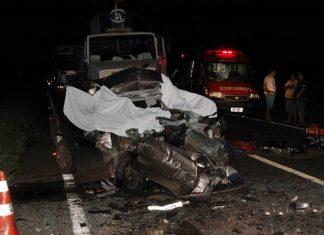 Colisão entre carreta e carro deixa três mortos em Nova Andradina. Foto: Jornal da Nova/Reprodução