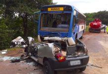 Carro bateu de frente com ônibus em Sertãozinho, SP. Foto: Luciano Tolentino/EPTV/Reprodução