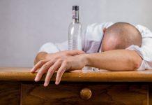 Beber álcool não protege contra coronavírus. Foto: Pixabay