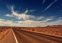 Estrada vazia. Foto: Pixabay