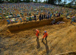 Brasil registra 1.349 mortes por covid-19 em um único dia. Foto: Alex Pazuello/Semcom