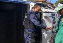 Viatura da Guarda Civil Municipal capota durante perseguição. Foto: Reprodução