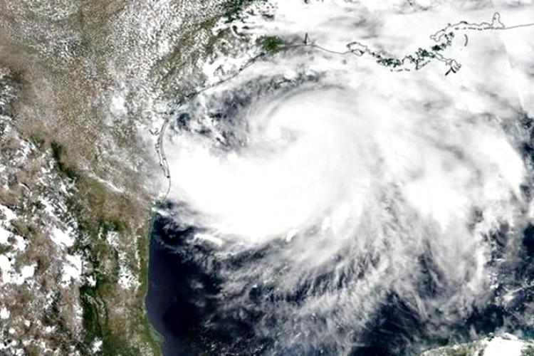 A tempestade tropical Isaías se transformou em um furacão. Foto: NASA/Divulgação