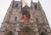 Incêndio toma conta de catedral de Nantes. Foto: Reprodução