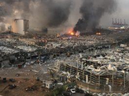 Grande explosão atingiu capital libanesa, Beirute, nesta terça-feira (4). Foto: Reprodução/Twitter