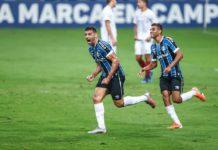 Jogadores do Grêmio comemoram gol. Foto: Lucas Uebel/Grêmio