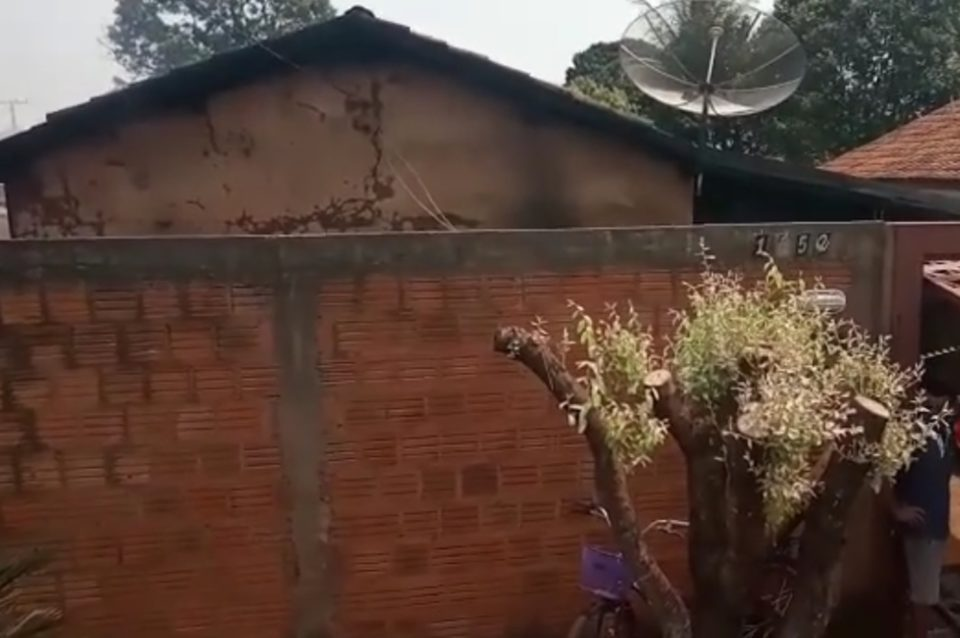 Mulher estava na casa que pegou fogo. Foto: Reprodução
