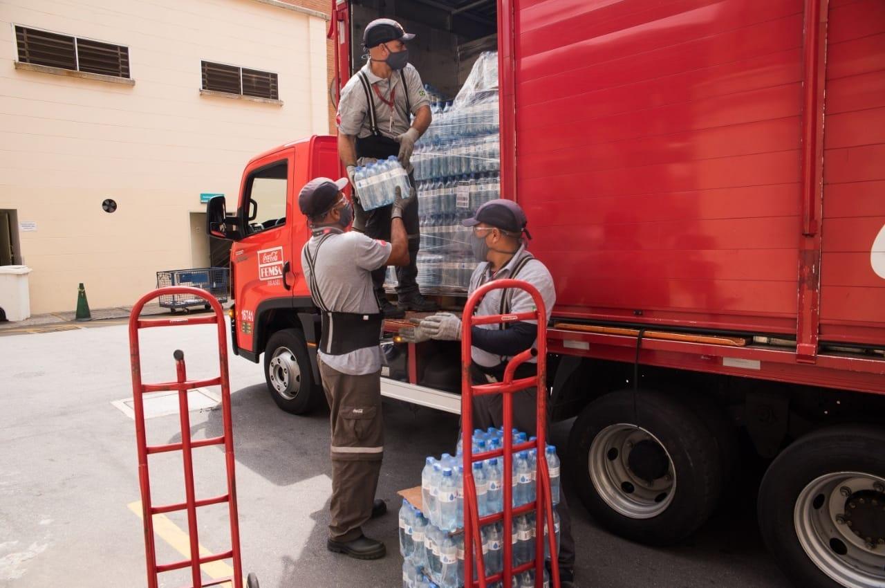 Coca-Cola FEMSA Brasil doa 10 mil garrafas de água hospital referência do tratamento da covid-19 em MS. Foto: Coca-Cola FEMSA Brasil/Divulgação
