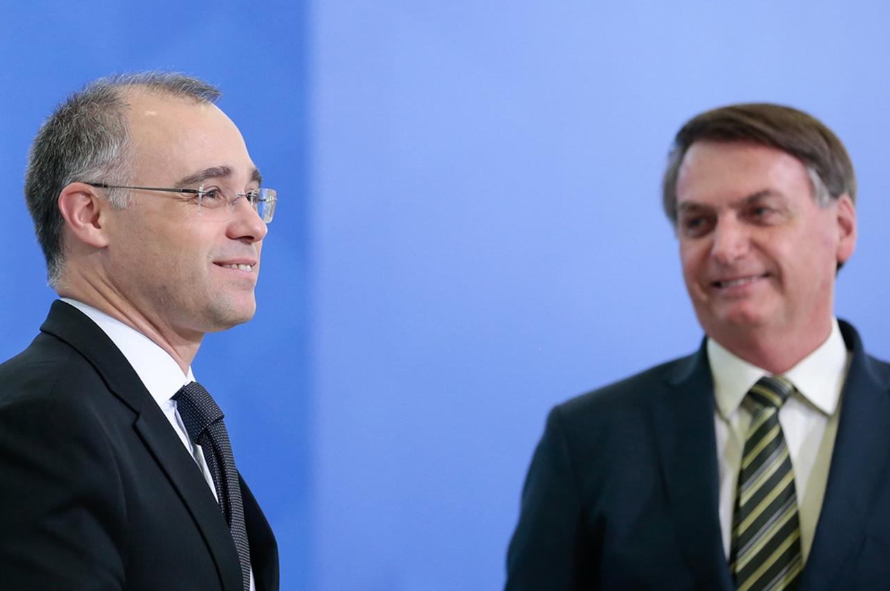 André Mendonça e Jair Bolsonaro. Foto: Carolina Antunes/PR