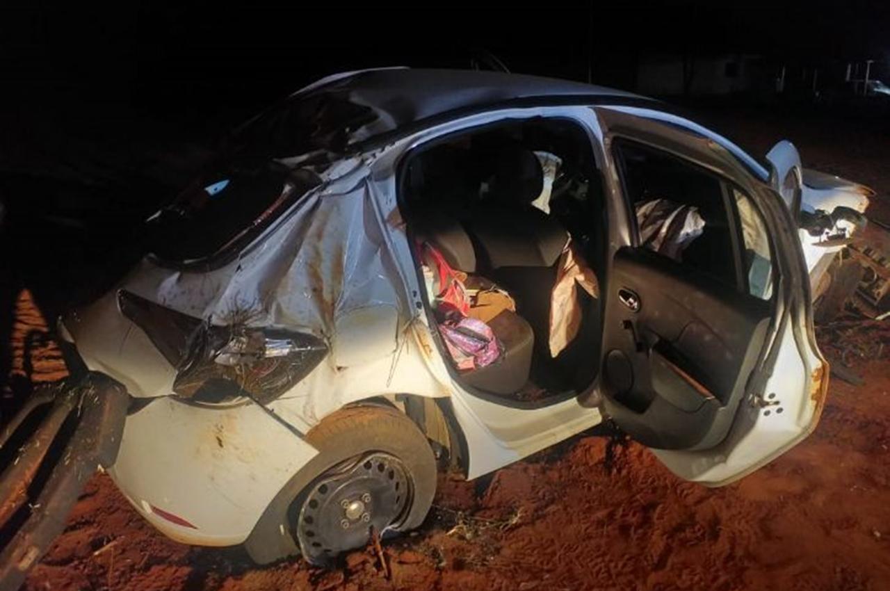 Quatro pessoas ficaram feridas em acidente. Foto: Ivi Agora/Reprodução